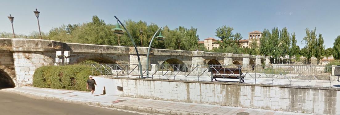 Puente Río Bernesga