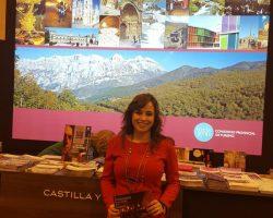 Visitando-la-mayor-feria-de-turismo-en-el-stand-de-León